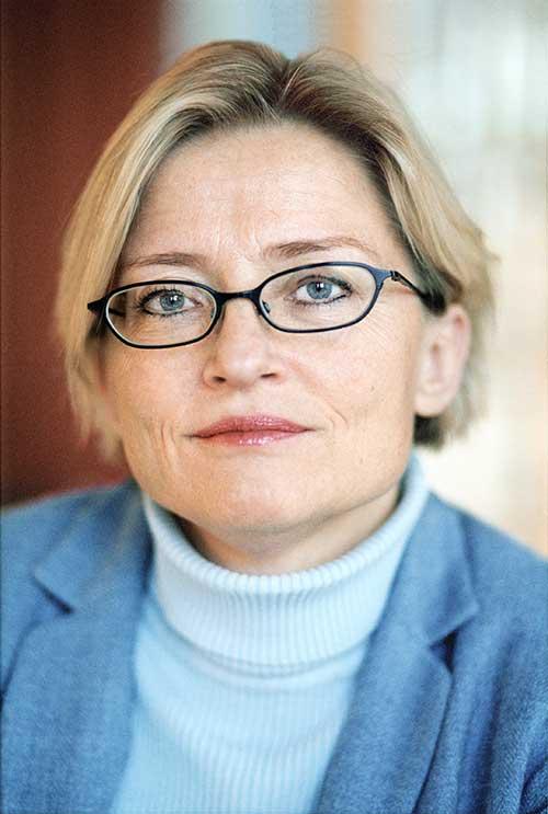Anna-Lind-300